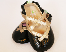 Crissy PATENT BLACK GOLD FEATURED