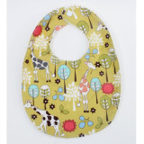 The Essential Bib in CITRON GIRAFFE GARDEN